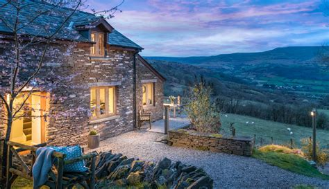 cottage wales brecon beacons remote luxury cottage crickhowell