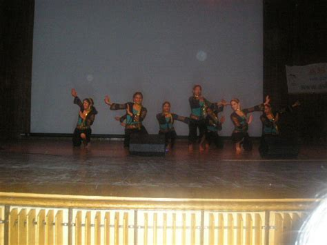 penn masala awaaz songs penn masala awaaz lyrics penn masala performs at mit to support asha for education