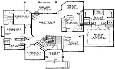 4 bedroom split floor plan split foyer house plans split level house plans 4 bedroom