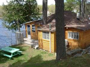 1000 islands cottages