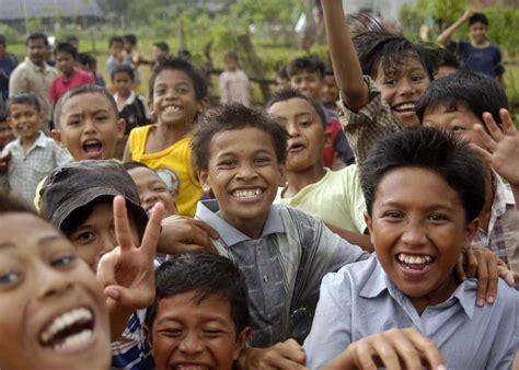 Masyarakat Indonesia sebagian masyarakat indonesia melupakan budaya ini
