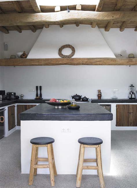 progettare una cucina in muratura cucina in muratura 70 idee per cucine moderne rustiche
