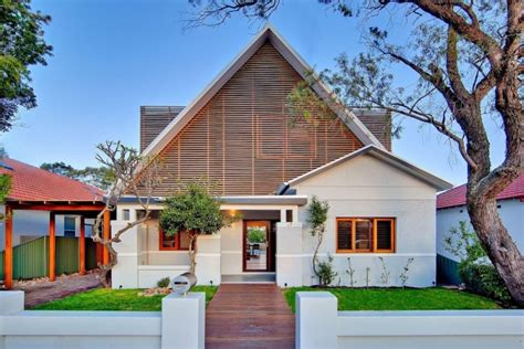 Renovation Of 1920 S Bungalow Before Amp After Photos Of The Kensington Residence By