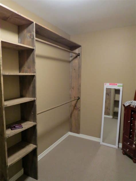 Diy Small Walk In Closet Ideas by Walk In Closet Ideas Do It Yourself