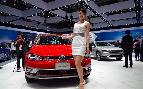 Salon De L Auto Golf by Volkswagen Golf Alltrack Au Salon De L Auto De Tokyo 2015