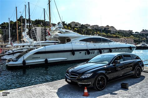 Black Yacht Wallpaper | wallpaper black car station wagon photography