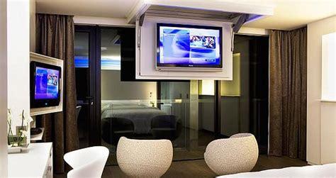 tv dans chambre vivre sans t 233 l 233 les vingtenaires