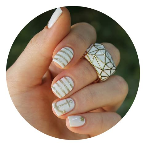 Ongle Blanc Et Or by Ongles Blanc Or