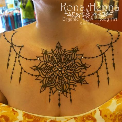 henna tattoos under breast best 25 henna mandala ideas on mandala design