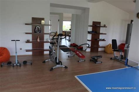 m騁ro bureau fitness sport