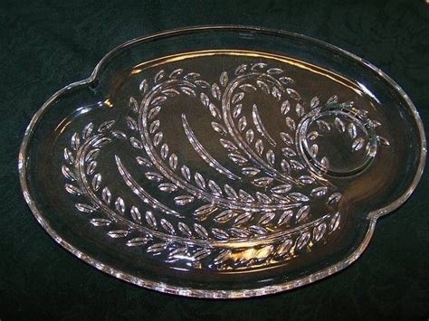 leaf pattern glass plates snack plate teacup federal glass homestead leaf pattern