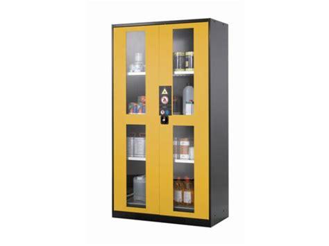 armoire de securite armoire de s 233 curit 233 portes vitr 233 es 1065 litres contact