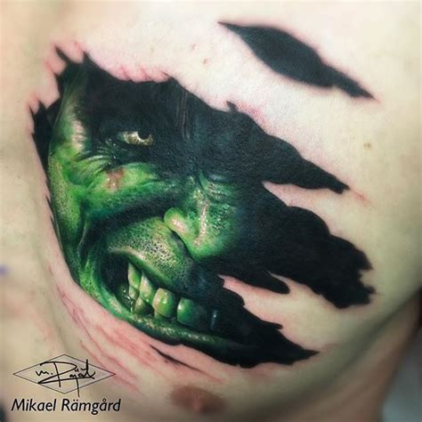 incredible hulk tattoo designs 1000 ideas about on comic book