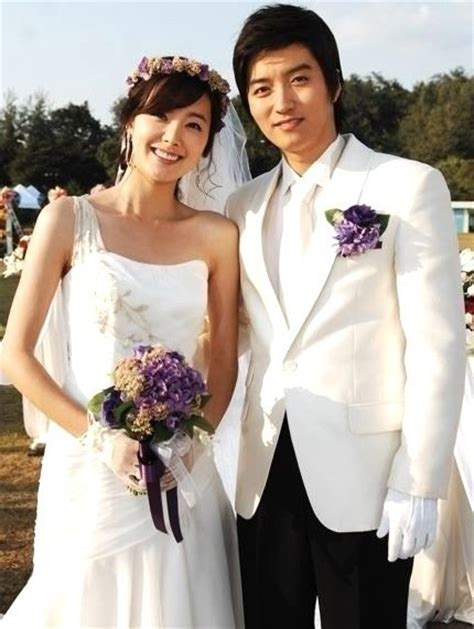 yoo ah in y su novia so yi hyun and in kyo jin are getting married soompi