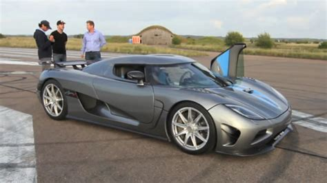 koenigsegg grey koenigsegg agera r in gray color with blue stripes