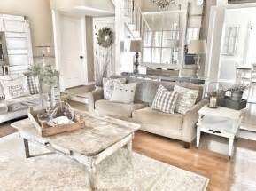 best 25 shabby chic farmhouse ideas on pinterest shabby