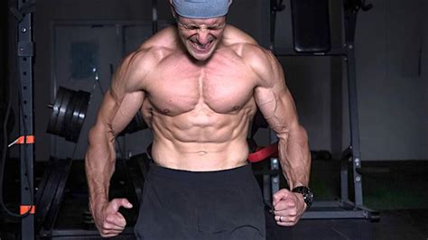 exercise routine  build  pack abs stack