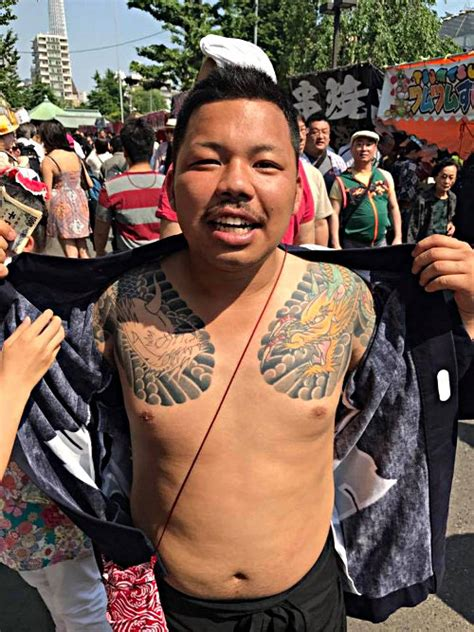 yakuza tattoo festival how to meet the yakuza if you dare in the know traveler