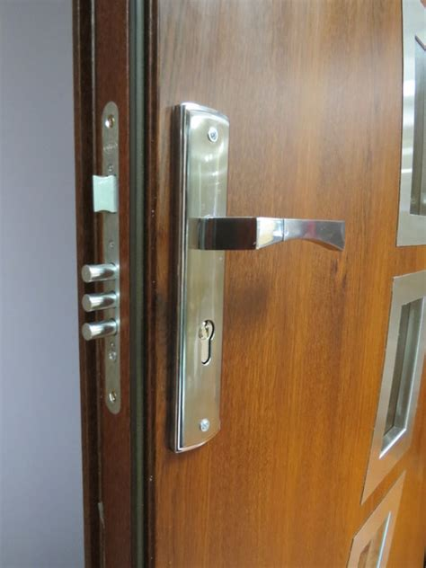 Exterior Door Security Hardware 3 Point Security Lock System Modern Front Entry Metal Pvc Doors Modern Door Locks New