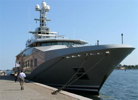 bill gates house boat bill gates yacht page 1 iboats boating forums 359798