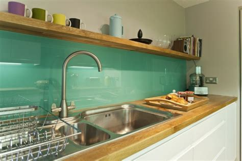 glasfliese backsplash ideen badezimmer sch 246 ne k 252 chenr 252 ckwand glas fliesen glatt k 252 che