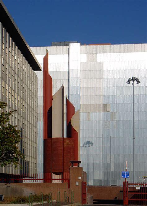 intesa eur l architettura contemporanea a roma