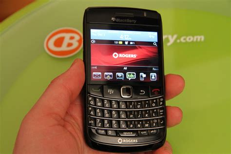 install themes blackberry 9780 bold blackberry bold 9780 review crackberry com