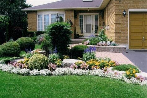 pictures of beautiful front yards beautiful front yard landscaping ideas