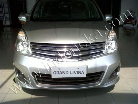 Nissan Grand Livina Handle Cover Chrome 1 aksesoris variasi dan modifikasi grill grand li
