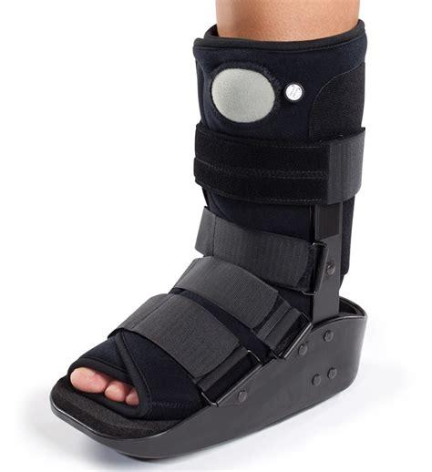 donjoy maxtrax air ankle walker boot walking brace