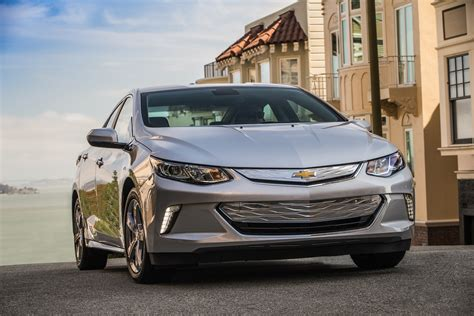chevy vehicles 2016 2016 chevrolet volt review first drive