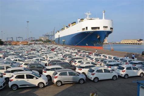uing hyundai cars in india hyundai starts using sea route to move cars in india