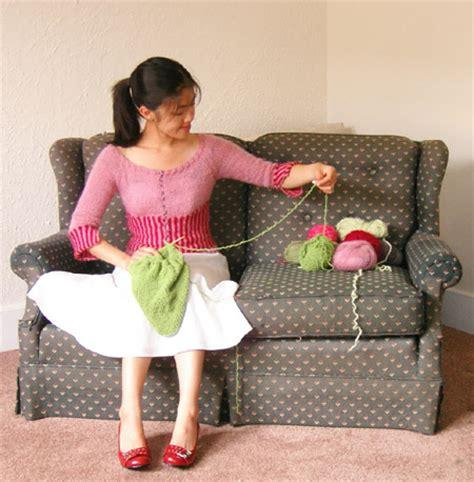 Set Hi Mm Cardigan Merah raglan sleeve crochet baby sweater pattern easy crochet