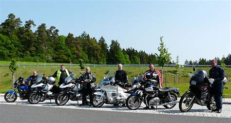 Triumph Motorrad Club Schweiz by Motorrad Tour Mit Der Triumph Bonneville Se Ein
