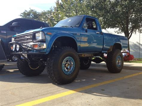 old toyota lifted 34 best images about classic lifted toyota truck on