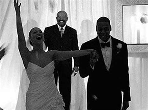 Beyonce Wedding Anniversary Song by Beyonc 233 Celebrates Wedding Anniversary With Quot Die With