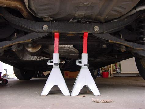 where to put the st replacing rear drum brake shoes focus hacks