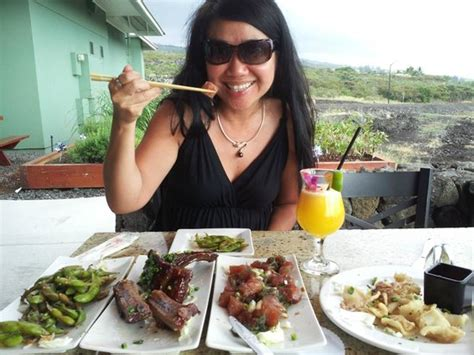 sam choy s aloha cuisine island cooking at its best books happy hour at sam choy s picture of sam choy s lanai