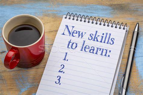 nuevos 183 aprender 183 lista 183 cuaderno 183 espiral foto stock 169 marek uliasz pixelsaway