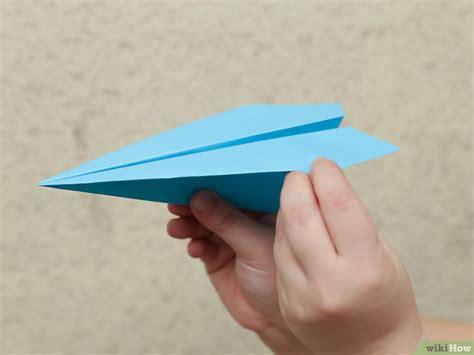 Make A Fast Paper Airplane - comment fabriquer un avion en papier qui vole vite