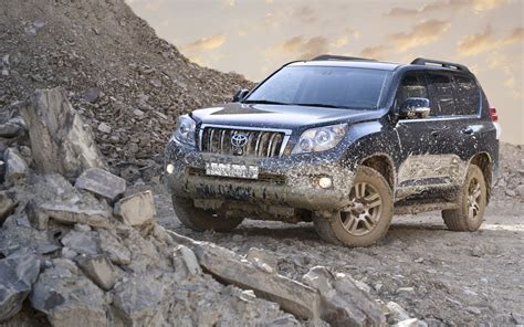 mudding cars cars dirty mud toyota land cruiser wallpaper 1920x1200