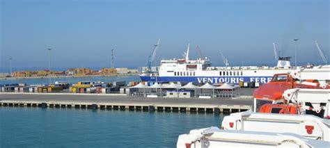 porto di bari traghetti il porto di bari collegamenti e info il traghetto