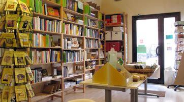 libreria benessere erboristeria e negozio di alimenti biologici ancona
