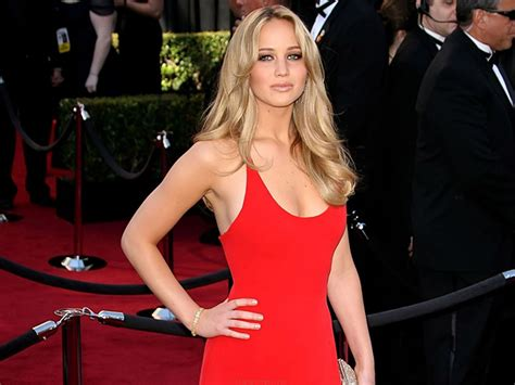 written step by step instructions for jennifer lawrence haircut jennifer lawrence s workout wednesday the hunger games