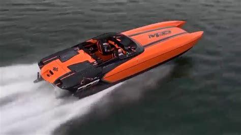 dcb boats speedboat magazine performance evaluation dcb m35