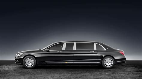 Maybach Official Website by Mercedes Maybach S600 Pullman Guard Is 5 6 Tons Of