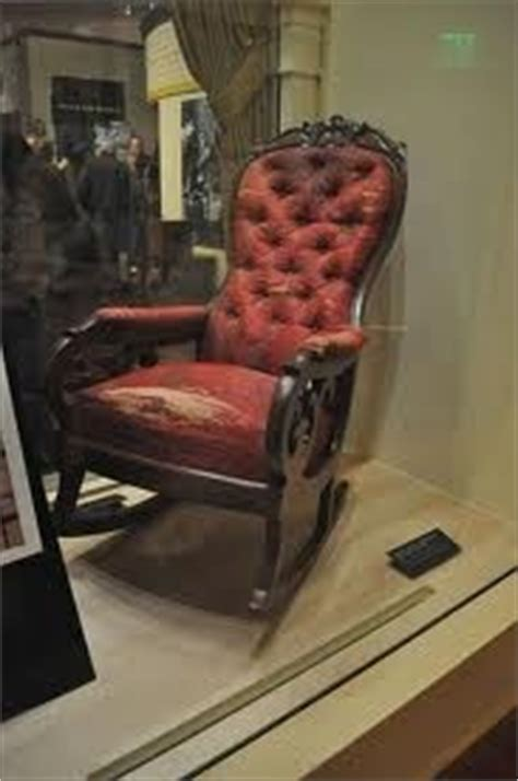 Lincoln Chair Henry Ford Museum by Henry Ford Museum The Chair Lincoln Was Sitting In At