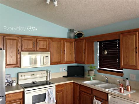 honey cabinets kitchen kitchen paint colors with honey oak cabinets
