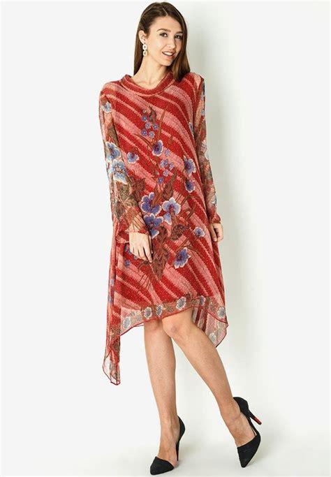 Foto Dress Batik Danar Hadi top 25 ideas about fashion batik on batik blazer blouses and jakarta