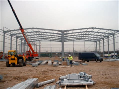 portal rail designs single storey industrial buildings steelconstruction info